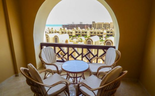 rent-1-bed-ocean-breeze (3)